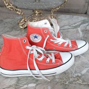 Converse high tops sneakers